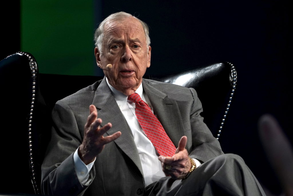 T. Boone Pickens, CEO of BP Capital, speaks on a panel at the annual SkyBridge Alternatives Conference (SALT) in Las Vegas...