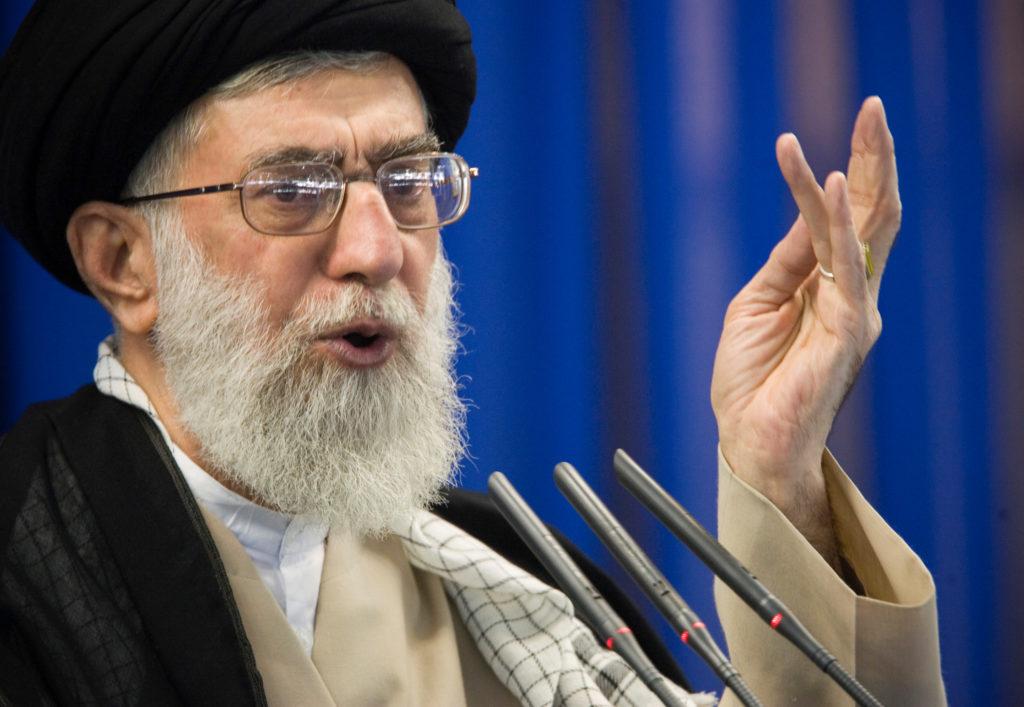 FILE PHOTO: Iran's Supreme Leader Ayatollah Ali Khamenei speaks during Friday prayers in Tehran September 14, 2007. Photo by Morteza Nikoubazl/Reuters