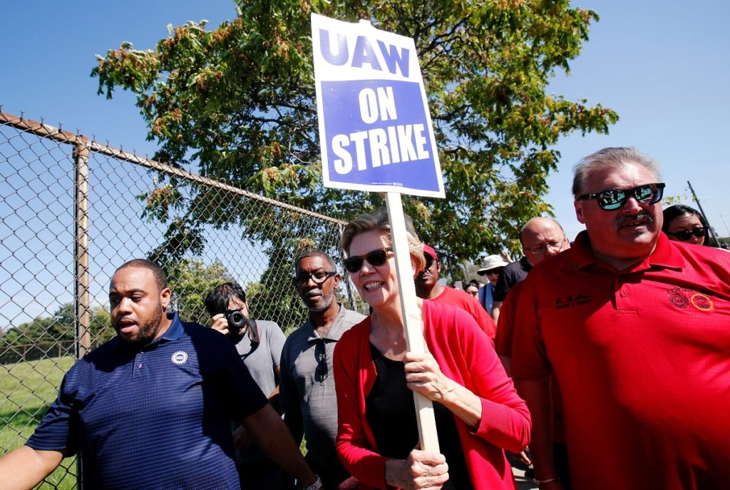 Elizabeth Warren joins GM picket line as strike enters day 7