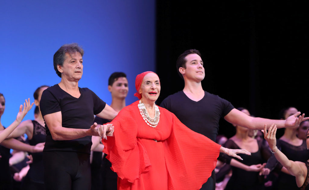 Alicia Alonso, grande dame of Cuban ballet, dies at 98