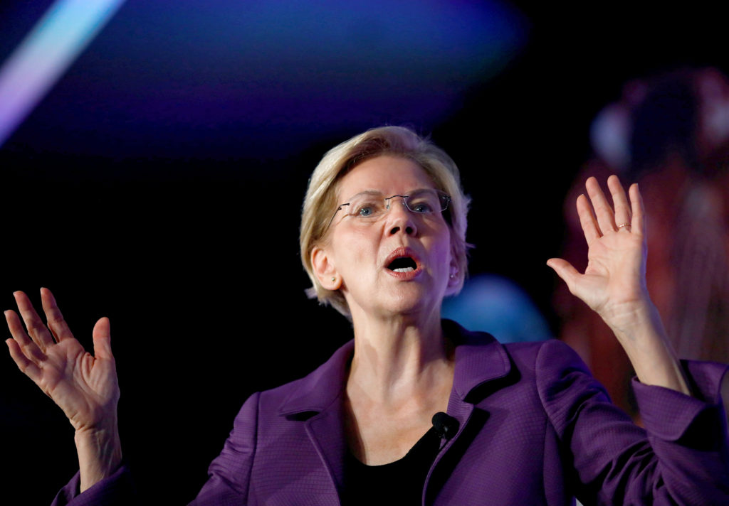 Warren aims to appeal to Republican strongholds