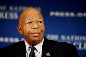 """FILE PHOTO: House Oversight and Government Reform Chairman Elijah Cummings (D-MD) addresses a National Press Club luncheon on his """"committee's investigations into President Donald Trump and his administration,"""" in Washington, U.S., August 7, 2019. REUTERS/Mary F. Calvert"""