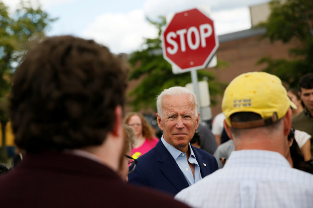 Democratic 2020 U.S. presidential candidate and former Vice President Joe Biden talks to reporters outside Lindy's Diner in Keene, New Hampshire, U.S., August 24, 2019. REUTERS/Elizabeth Frantz - RC1171656800