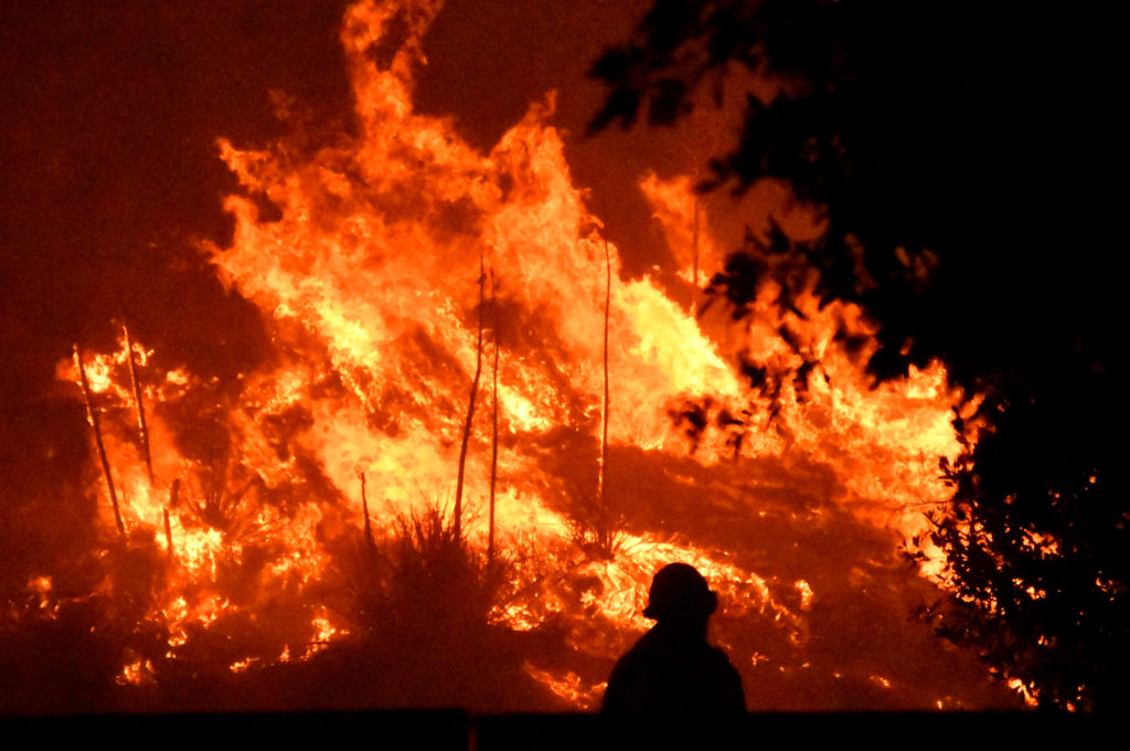 Firefighters taming Southern California blaze as winds fade