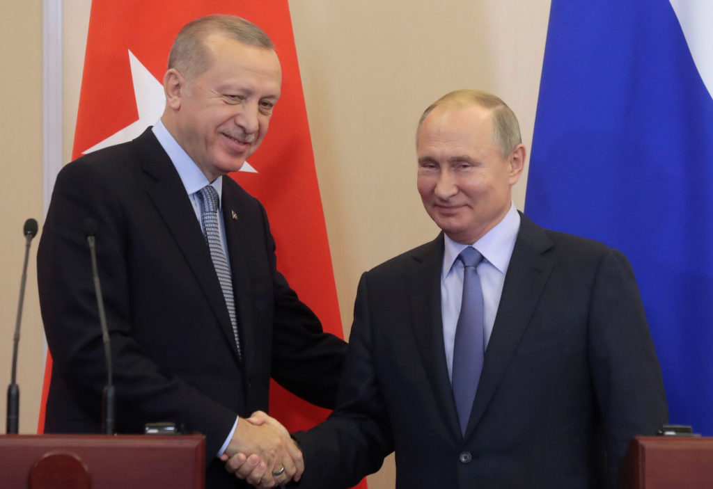Turning to Putin, Erdogan ignores U.S. agreement for northeastern Syria