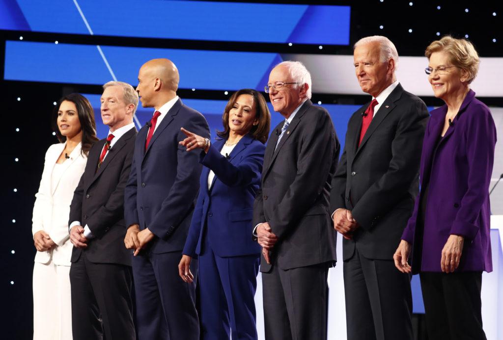Democratic presidential candidates Rep. Tulsi Gabbard, billionaire …