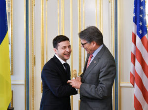 President of Ukraine Volodymyr Zelenskiy and U.S. Secretary of Energy Rick Perry shake hands as they meet after Zelenskiy's inauguration ceremony in Kiev, Ukraine May 20, 2019. Photo by Mykola Lazarenko/Ukrainian Presidential Press Service/Handout via Reuters