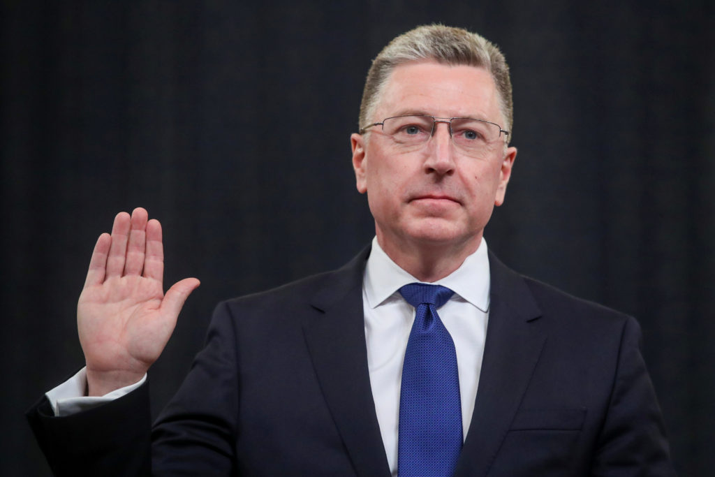Former U.S. special envoy to Ukraine Kurt Volker is sworn in to testify before a House Intelligence Committee hearing as part of the impeachment inquiry into U.S. President Donald Trump on Capitol Hill in Washington, U.S., November 19, 1019. REUTERS/Jonathan Ernst