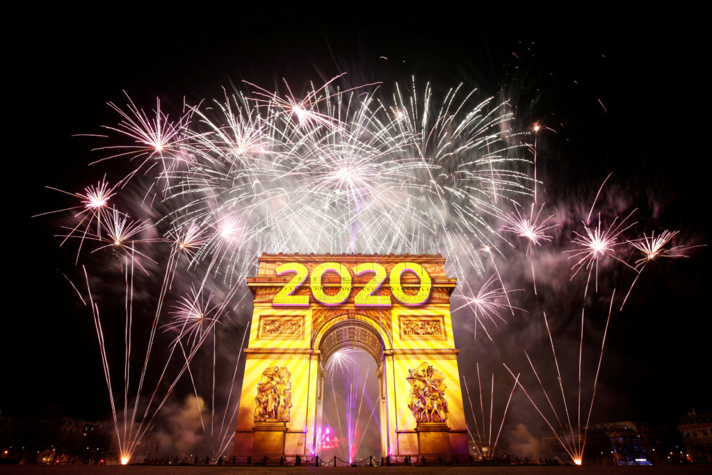 Fireworks illuminate the sky over the Arc de Triomphe during the New Year's celebrations on the Champs Elysees in Paris, France January 1, 2020. Photo by Benoit Tessier/Reuters