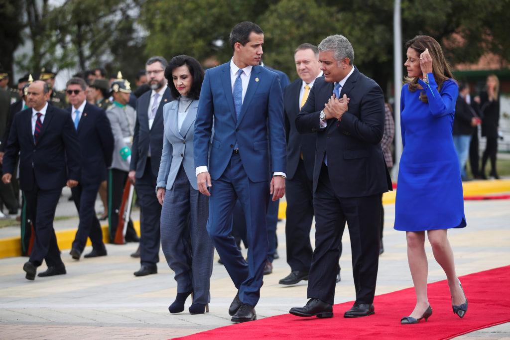 Guaidó meets Pompeo, condemns Venezuela for links to terrorism