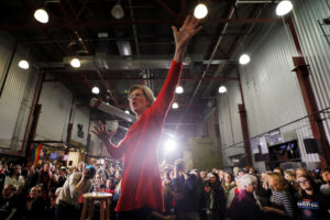 Democratic 2020 U.S. presidential candidate and U.S. Senator Elizabeth Warren (D-MA) reacts to the crowd after speaking at a campaign town hall meeting in Cedar Rapids, Iowa, U.S., January 26, 2020. Photo by Brian Snyder/Reuters