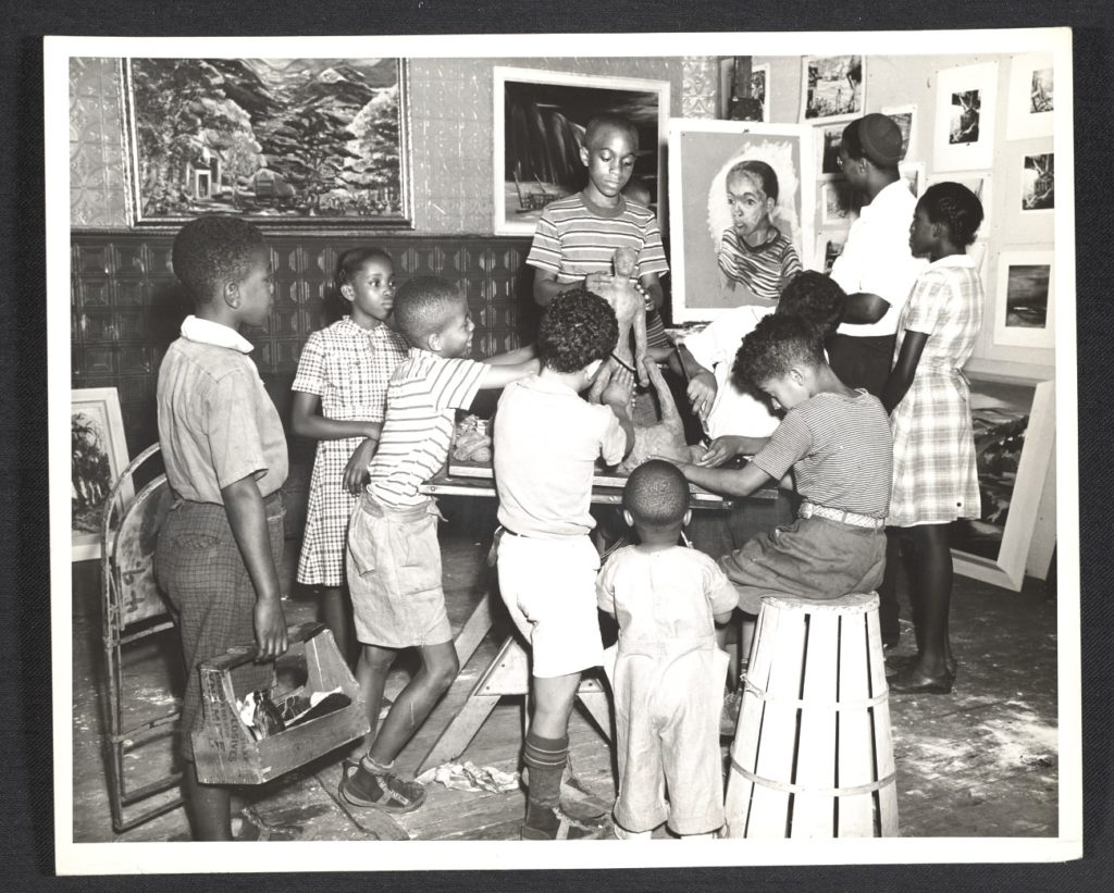 Children at a free Federal Art Project art class. This photograph is dated July 14,1939. Photo courtesy of Archives of American Art, Smithsonian Institution, Federal Art Project, Photographic Division collection, circa 1920-1965.