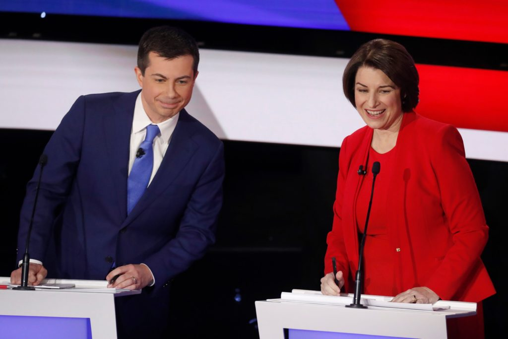 Democratic 2020 U.S. presidential candidates (L-R) former South Bend Mayor Pete Buttigieg and Senator Amy Klobuchar (D-MN) during a commercial break in the seventh Democratic 2020 presidential debate at Drake University in Des Moines, Iowa, U.S., January 14, 2020. Photo by Shannon Stapleton/Reuters