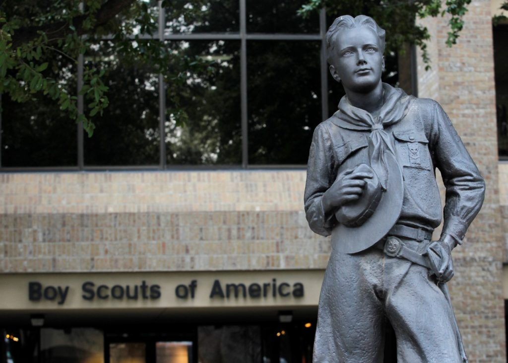 FILE PHOTO: The statue of a scout stands in the entrance to the Boy Scouts of America headquarters in Irving, Texas, February 5, 2013. Photo by Tim Sharp/Reuters