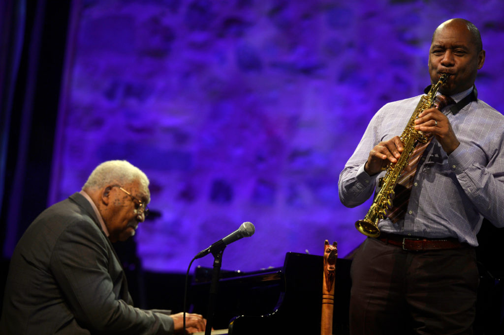 Saxophonist Branford Marsalis (R) performs with his father Ellis Marsalis at the 51st Jazzaldia Jazz Festival in San Sebastian, northern Spain in 2016. Photo by Vincent West/Reuters