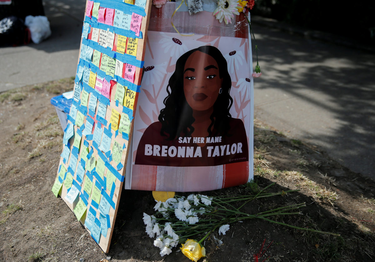 Impatience Grows For Cops Arrests In Breonna Taylor S Death Pbs Newshour