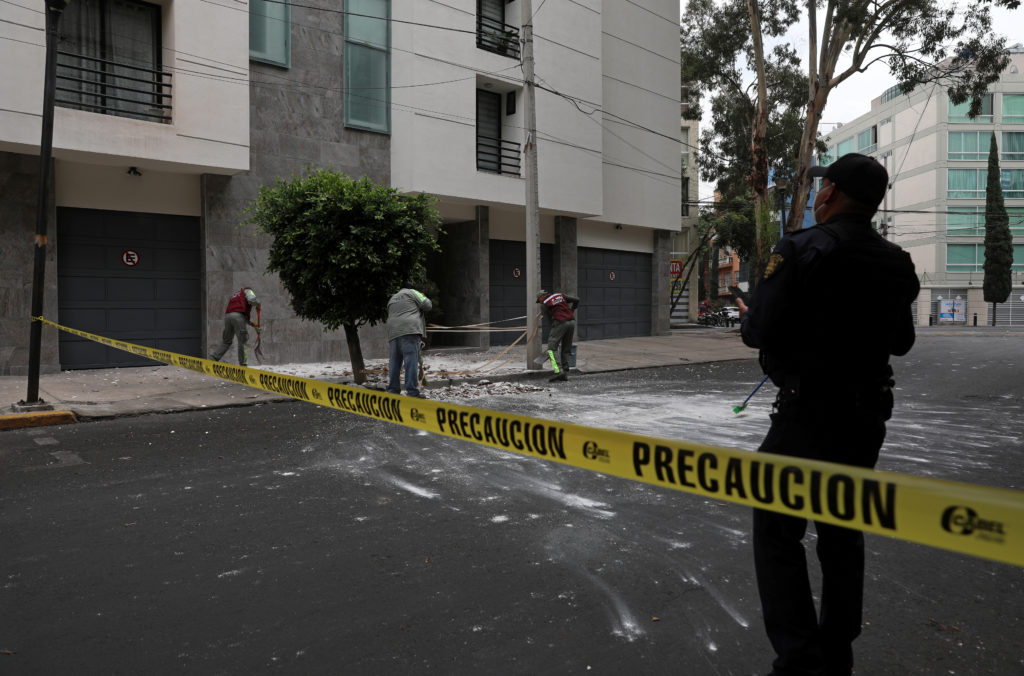 Powerful earthquake shakes southern, central Mexico