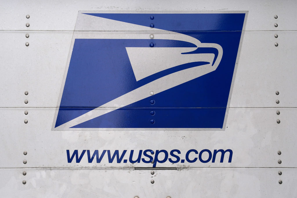 Election of new chair portends change at U.S. Postal Service - PBS NewsHour