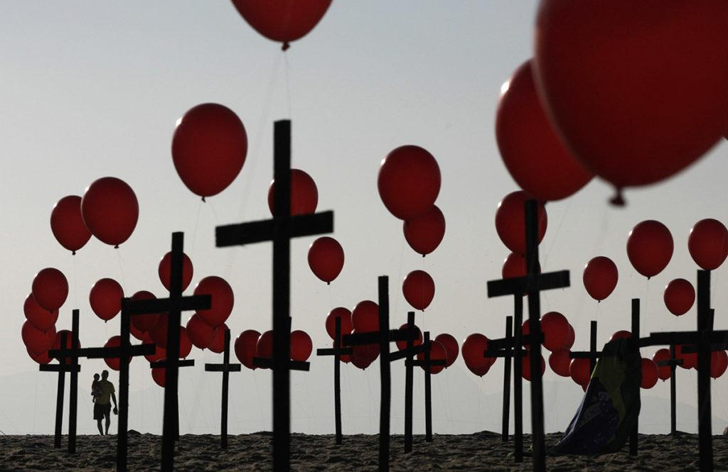 Brazil makes grim milestone — 100,000 deaths from COVID-19