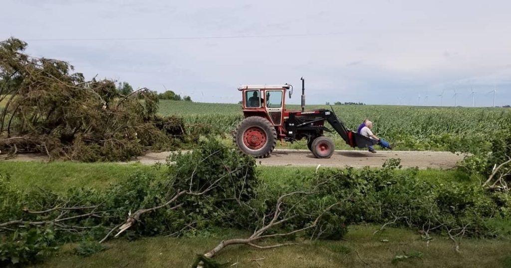 Weeks after a derecho hit, Eastern Iowa is still struggling