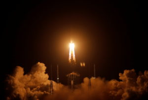The Long March-5 Y5 rocket, carrying the Chang'e-5 lunar probe, takes off from Wenchang Space Launch Center, in Wenchang, Hainan province, China November 24, 2020. Photo by REUTERS/Tingshu Wang