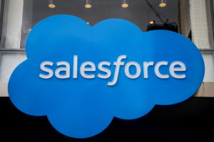 FILE PHOTO: The company logo for Salesforce.com is displayed on the Salesforce Tower in New York City, U.S., March 7, 2019. Photo by REUTERS/Brendan McDermid/File Photo