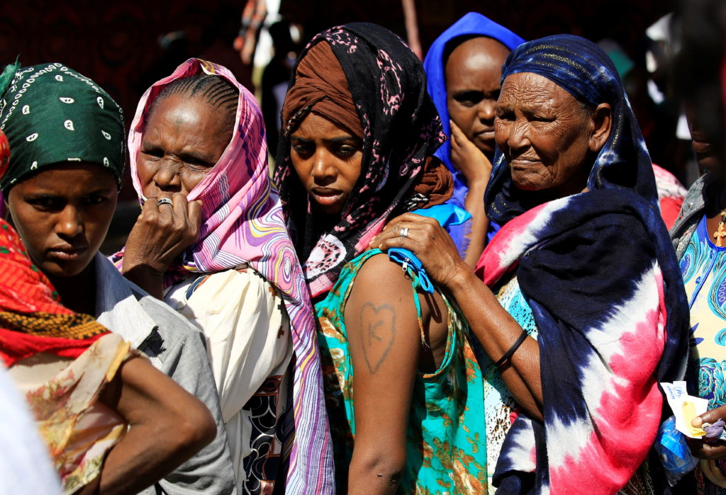 Ethiopian refugees who fled Tigray region, queue to receives treatm…