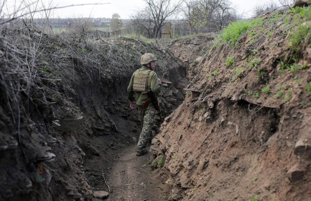 Ukraine says 2 soldiers killed in east amid Russia tensions