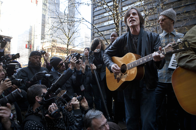 A Jackson Browne playlist starring the guitarists who shape his recordings