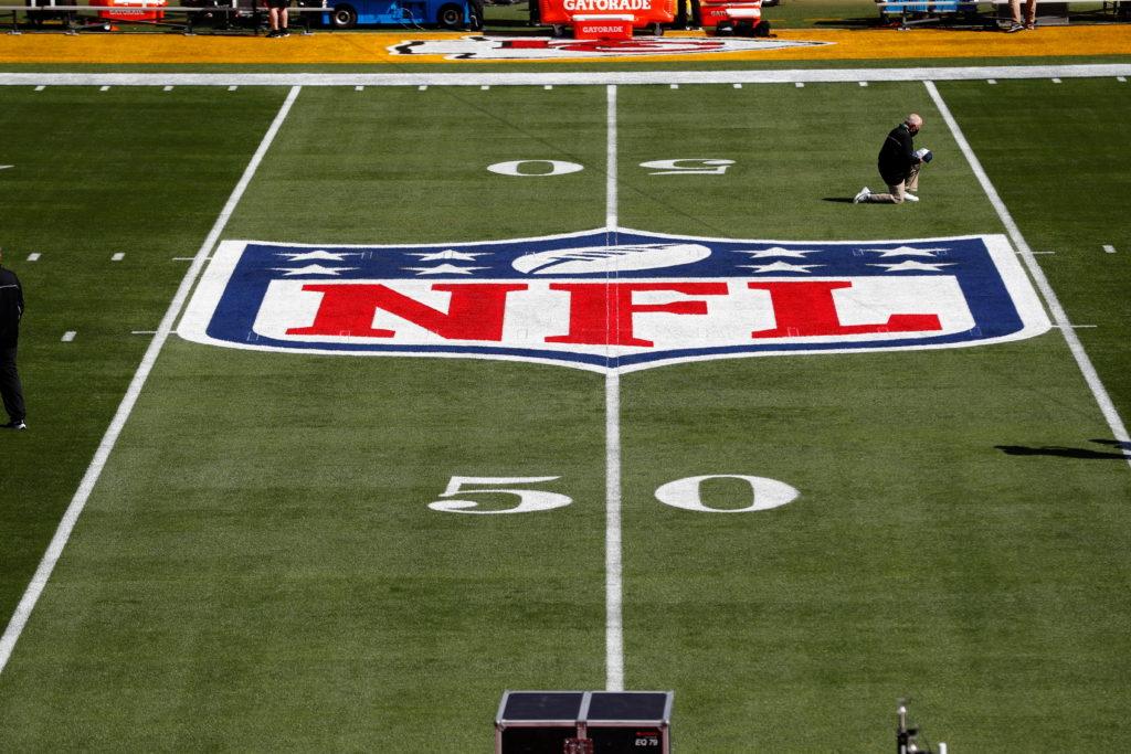 FILE PHOTO: NFL: Super Bowl LV-Kansas City Chiefs vs Tampa Bay Buccaneers