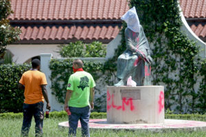 Confederate statues vandalized in New Orleans