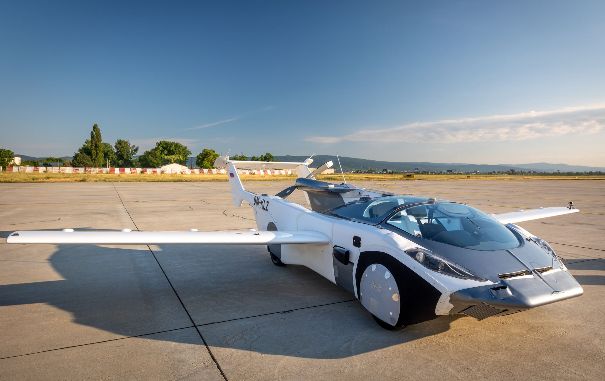 AirCar is equipped with a 160 horsepower BMW engine and stow-away wings.
