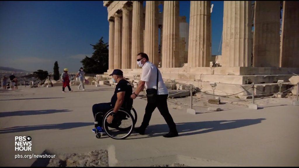 Greeks split over pathway, elevator construction for disabled Parthenon visitors