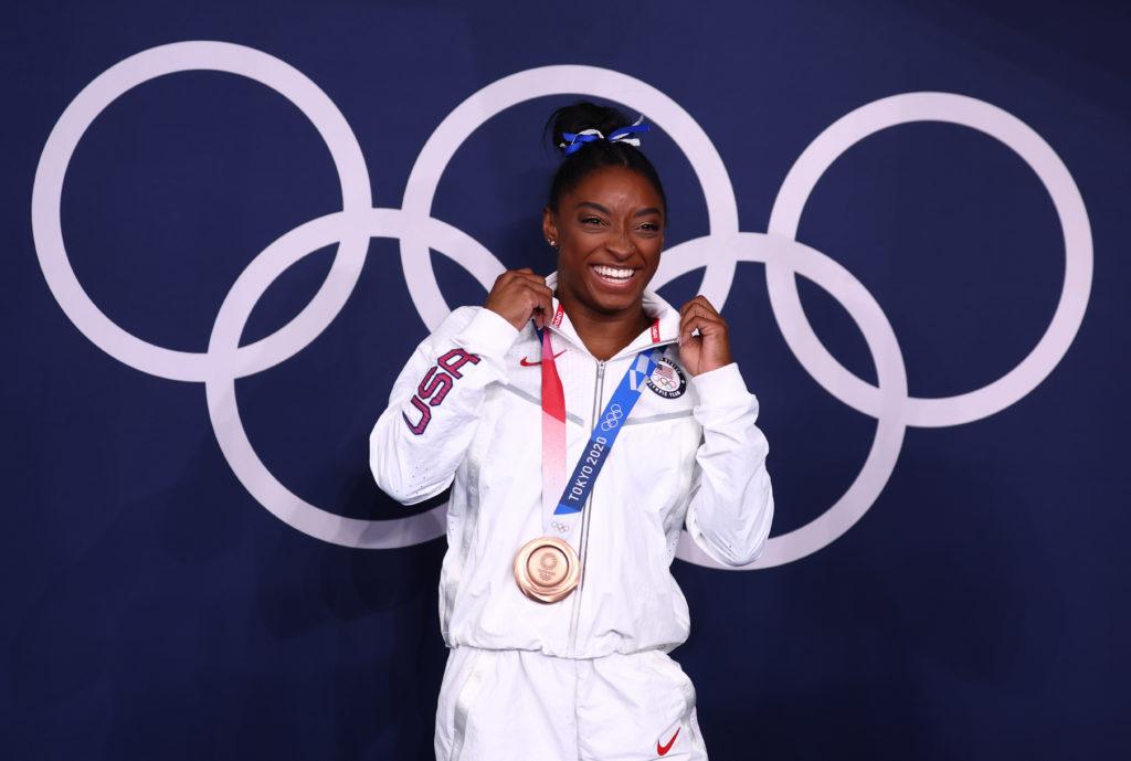 Gymnastics - Artistic - Women's Beam - Medal Ceremony