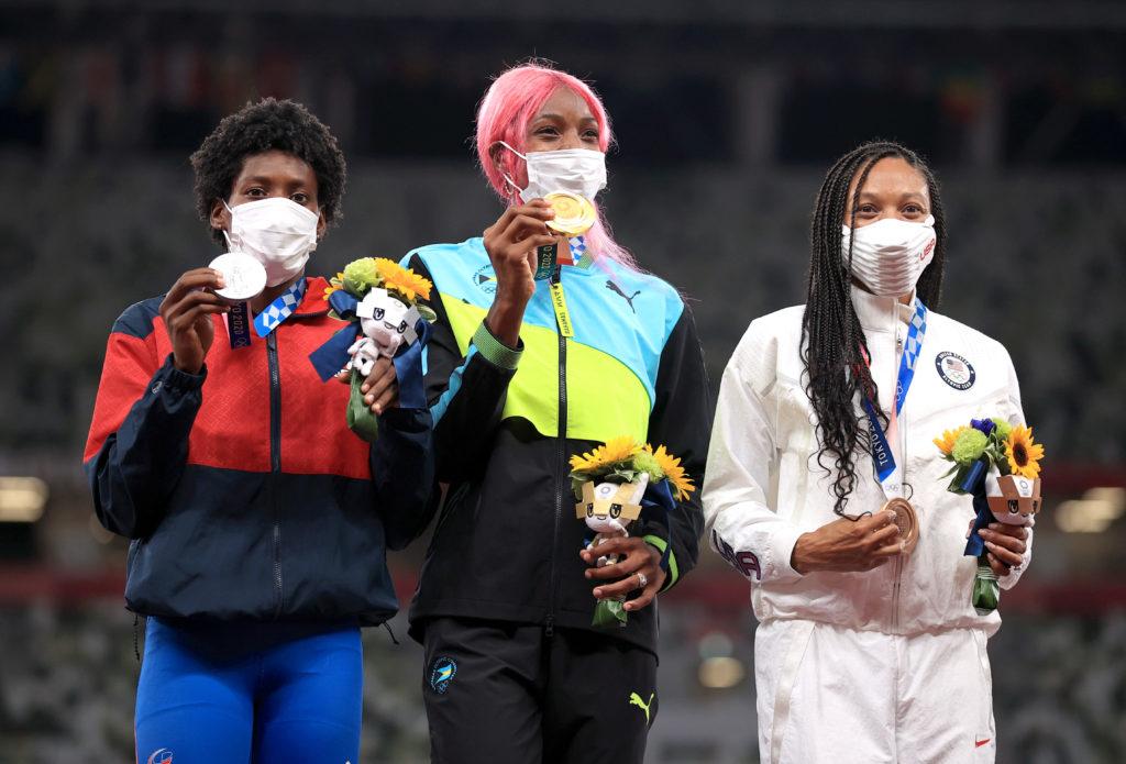 Athletics - Women's 400m - Medal Ceremony