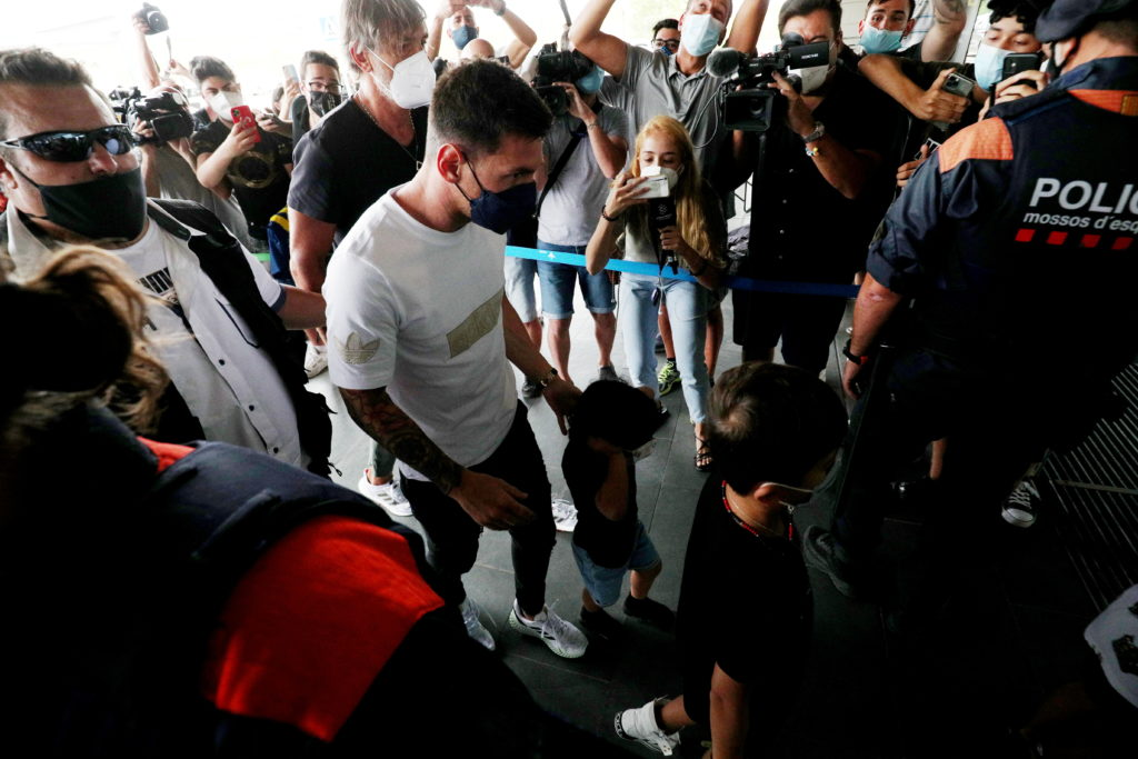 Lionel Messi leaves FC Barcelona to join Paris St Germain