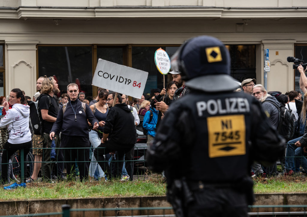 Opponents of the Corona policy protest in Berlin