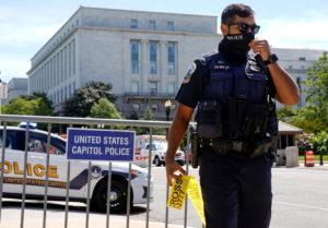 Police respond to bomb threat in Washington