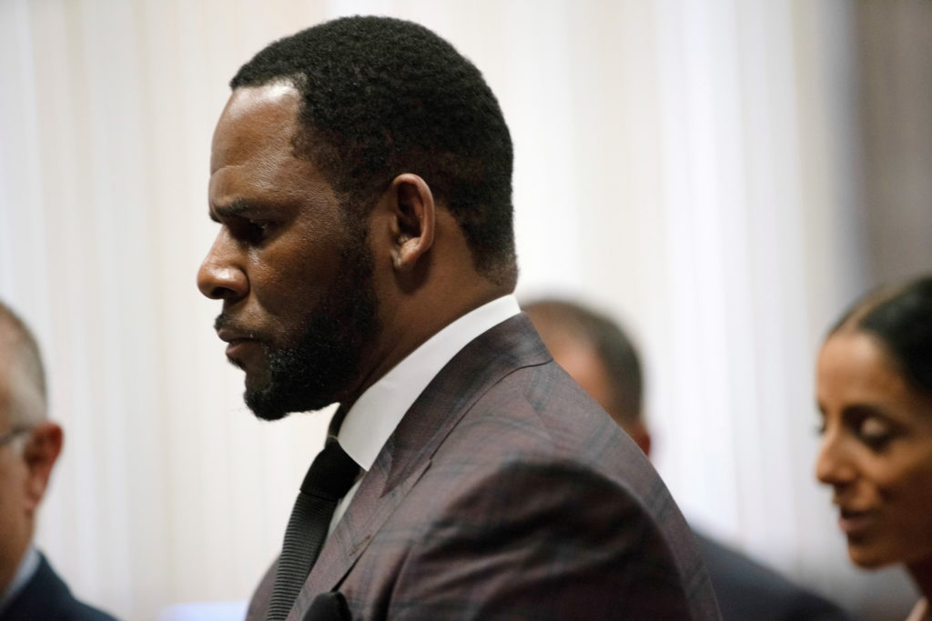 R. Kelly's Chicago trial on federal sex charges set Aug. 1